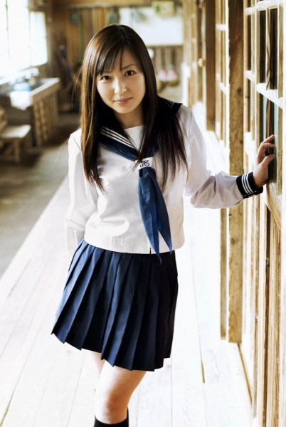 japanese-school-uniform-051-402x600